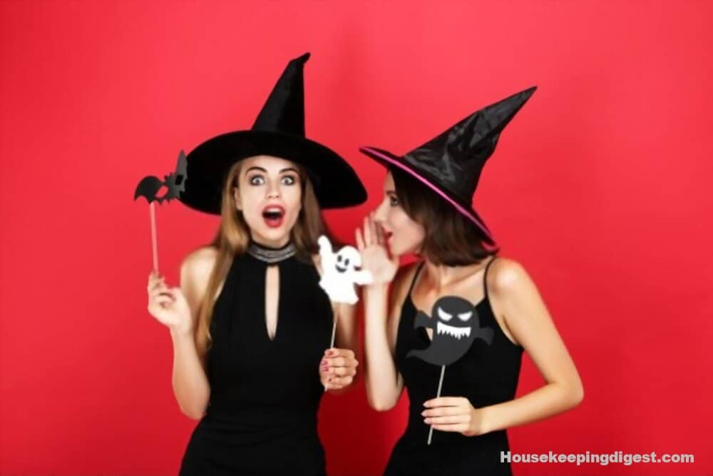 Best matching pair costumes ideas for friends